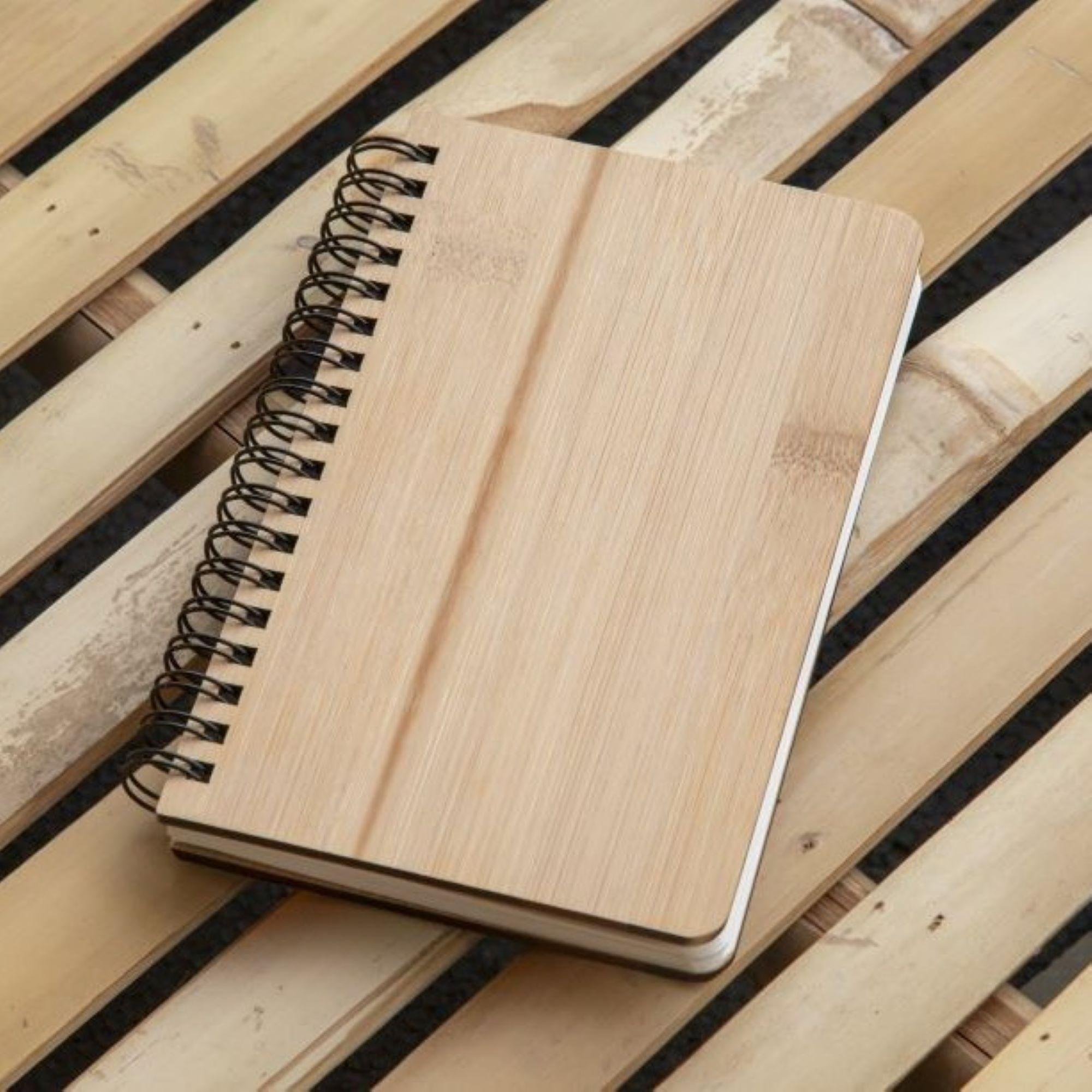 Notebook op bamboe